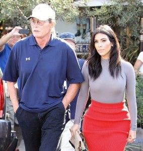 Bruce-Jenner-et-Kim-Kardashian-a-Hollywood-le-20-octobre-2014_exact1024x768_p